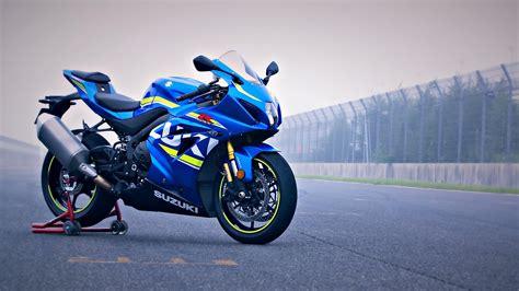 suzuki gsx   top speed