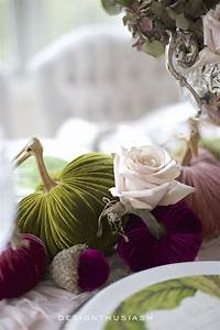 Fall, Table, Decor, Using, Velvet, Pumpkins, In, An, Elegant, Fall, Tablescape