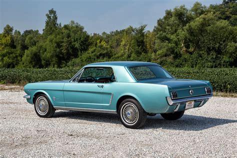 1965 Ford Mustang 2-door Hardtop