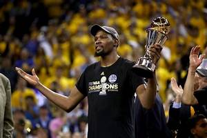 Les Golden State Warriors champions NBA 2017, Kevin Durant ...