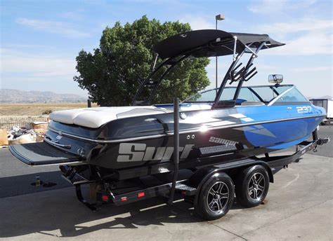 Demo Wakeboard Boats For Sale by 2016 Used Sanger V237 Surf Ski And Wakeboard Boat For Sale