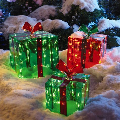 lighted outdoor gift boxes set of 3 tree