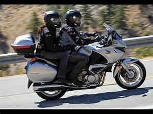 Honda Nt 700 : honda deauville nt 700 exhaust sound and acceleration ~ Jslefanu.com Haus und Dekorationen