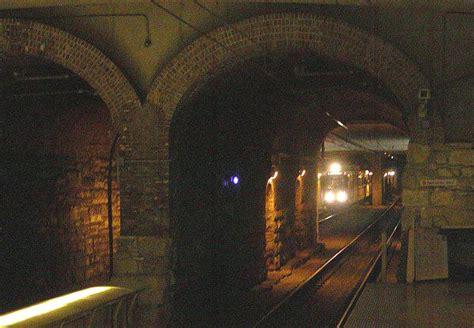st louis light rail train approaching underground