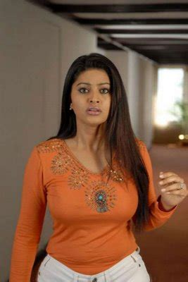 unseen tamil actress images pics hot sneha cleavage boobs