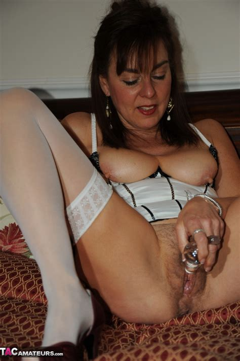 Horny Amateur Milf Next Door