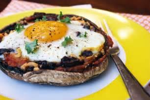 Pizza with Portobello Mushrooms