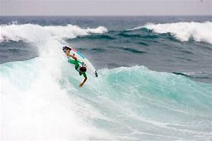 Julian in France, blowin tail - Surf Station Surf Report