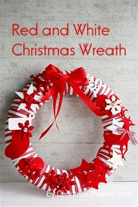 christmas craft red  white striped wreath