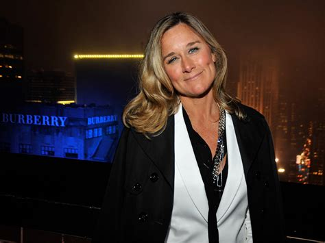 apple awards new retail chief angela ahrendts 68m in shares the new economy