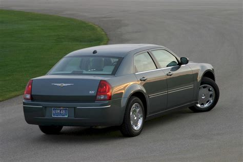 how to learn everything about cars 2005 chrysler crossfire electronic valve timing 2005 chrysler 300c gallery 106584 top speed