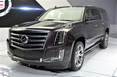 Cadillac Suv 2020 by 2020 Cadillac Escalade Platinum Esv Price Features