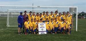 HHS Senior Soccer team finish historic season at 2016 ...