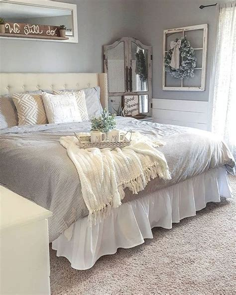 farmhouse master bedroom rustic farmhouse style master bedroom ideas 20 187 make Rustic