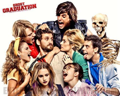 ghost graduation spanish film promocion fantasma
