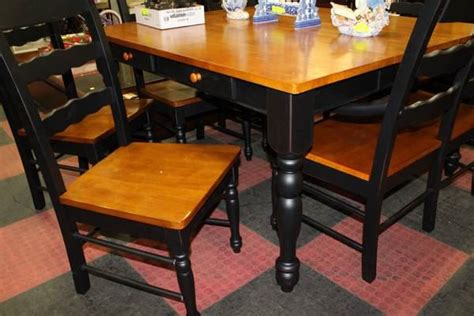 two tone kitchen table new 2 tone kitchen table w 5 chairs and 1 bench