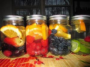 Agua con frutas mason jars youtube for Aguas frescas citricas naturales con