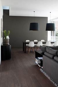 Esszimmer Gestalten Wände : graue wand im essbereich esszimmerst hle eames dsw ~ Lizthompson.info Haus und Dekorationen