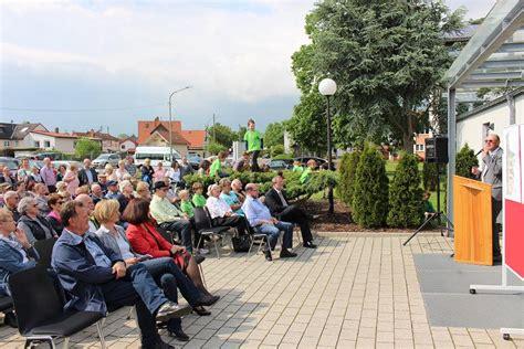 Britzer Garten Festplatz Bühne by Rohrbach Spatenstich Zum Multifunktionalen Dorf Und