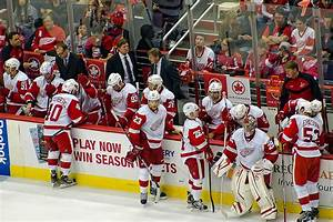 Red Wings clinch 23rd consecutive playoff berth against Pens