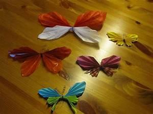 Schmetterlinge Als Deko : schmetterling aus papier falten schmetterling falten aus ~ Lizthompson.info Haus und Dekorationen
