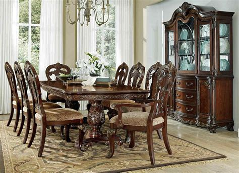 Dining Room Sets : Deryn Park Formal Dining Room Table Set