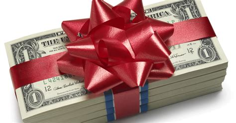 Considering a Holiday Bonus for Your Staff? | Time ...