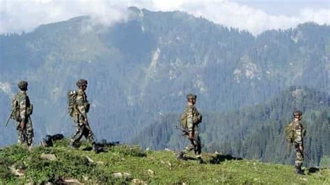 Indian Army has occupied 6 new major heights on LAC with ...