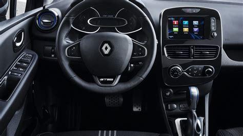 renault clio interior 2017 2017 renault clio r s unveiled with light facelift