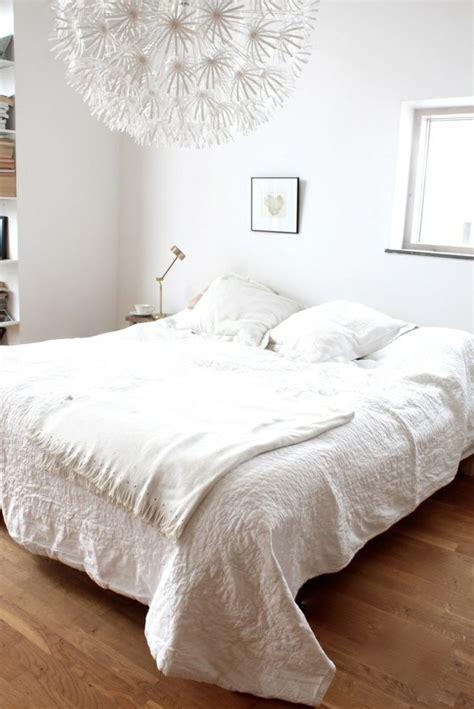 déco chambre à coucher adulte chambre bleu marine et blanc 2