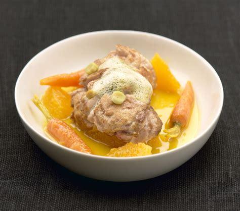 cuisiner du chevreau cervelle de veau piquée à la citronnelle carottes orange