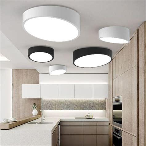 luminaire plafond chambre 17 meilleures idées à propos de led plafond sur
