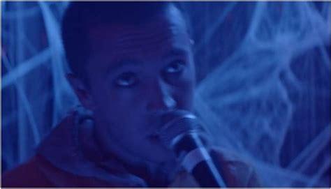 Twenty One Pilots Release Video For