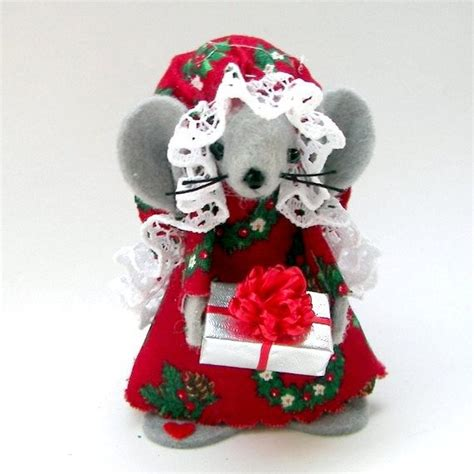 mice christmas ornaments ornament gift giver mouse felt mice holds miniature