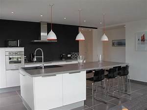 Cuisine vue du salon carrelage gris salon pinterest for Idee deco cuisine avec cuisine avec carrelage gris clair