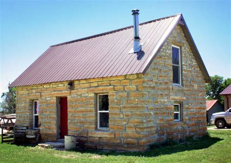 cabin rentals in kansas the 10 most cozy and charming cabin rentals in kansas