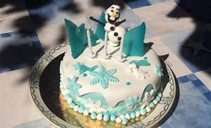 Gateau Anniversaire Reine Des Neiges : g teau reine des neiges en p te sucre olaf en p te ~ Melissatoandfro.com Idées de Décoration