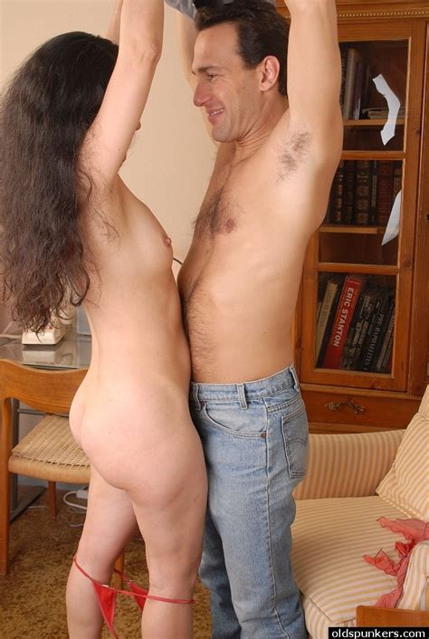 Skinny Older Woman Carmen Giving A Handjob And Swallowing