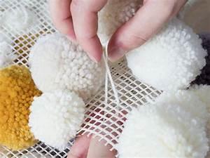 Faire Un Pompon Avec De La Laine : faire un tapis en pompons ~ Zukunftsfamilie.com Idées de Décoration