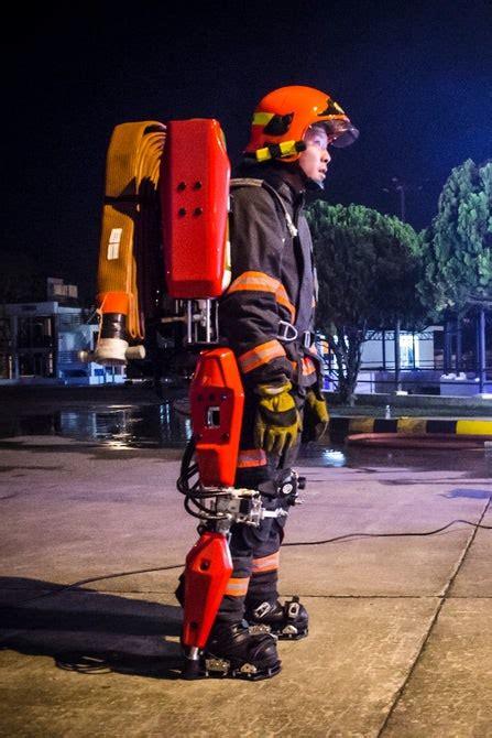 auberon firefighting suit   exoskeleton  firefighters