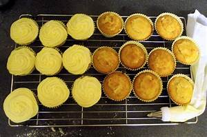 coconut cupcakes with mango filling | claphamkitchen