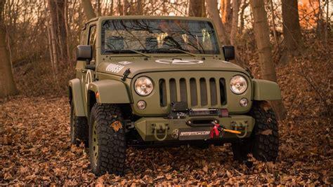 jeep wrangler willys custom pays tribute   classic
