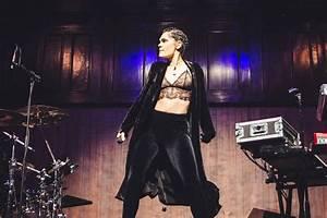 JESSIE J Performs at Manchester Albert Hall 10/09/2017 ...