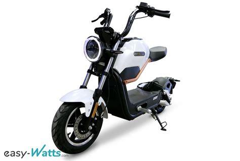 e miku la moto 233 lectrique 50 cc au look futuriste