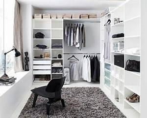 Begehbarer Kleiderschrank Selber Bauen : die besten 25 begehbarer kleiderschrank bauen ideen auf pinterest begehbarer kleiderschrank ~ Bigdaddyawards.com Haus und Dekorationen