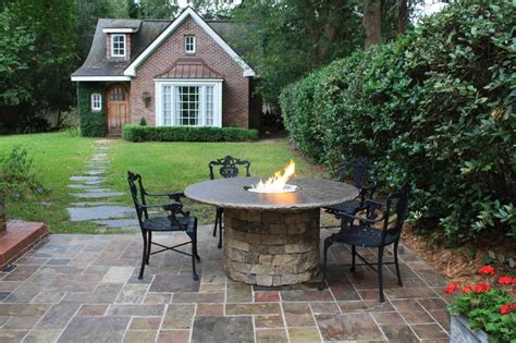 Amazing Backyard Fire Pits For Every Budget