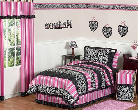 pink and black wallpaper for bedroom 17 best ideas about hot pink room on pinterest hot pink 20758 | bf91f293f72bc368acdcbb884655c431