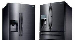 Kühlschrank Gefrierkombination Klein : side by side k hlschrank verstaut einen familiengro einkauf ~ Eleganceandgraceweddings.com Haus und Dekorationen