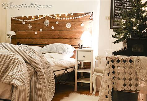 Christmas Decorating In The Bedroom