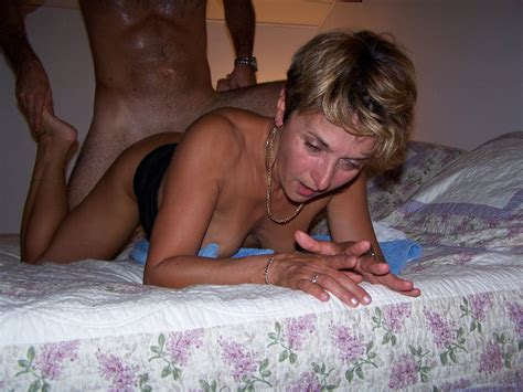 Amateur Mature Brunette Milf With Tattoo Wearing Wedding Ring Tgp Gallery 230745